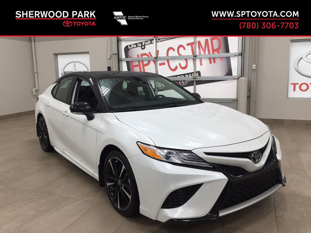 White[Wind Chill w/Black Roof] 2020 Toyota Camry XSE AWD