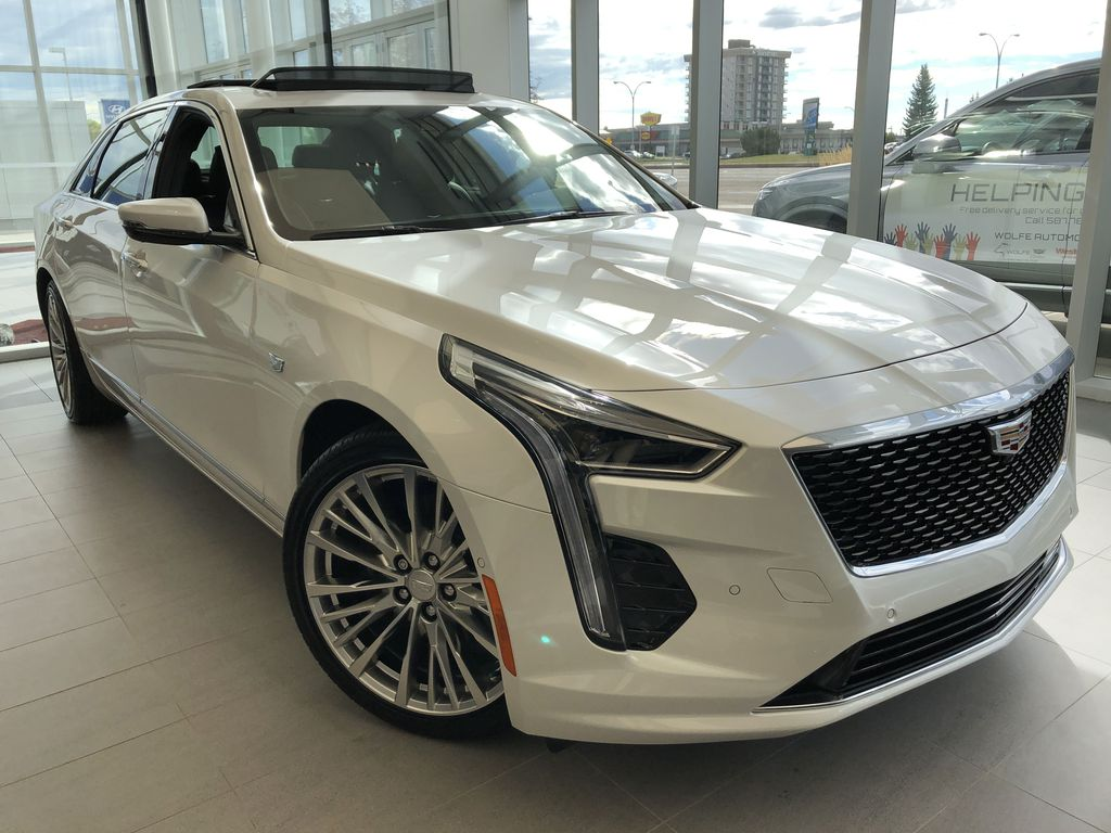 White[Crystal White Tricoat] 2020 Cadillac CT6