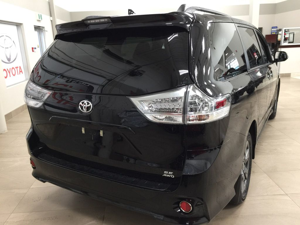 new 2020 toyota sienna se awd 4 door mini van passenger in sherwood park ab si09291 cdemo live