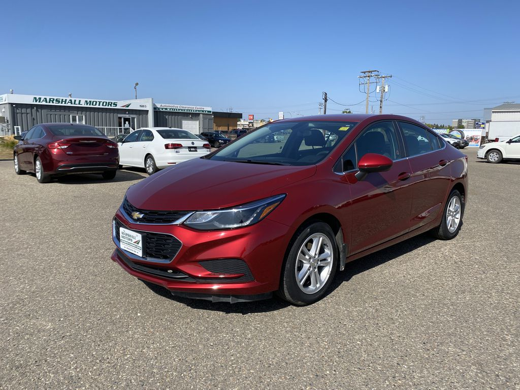 Red 2018 Chevrolet Cruze 4dr Sdn 1.4L LT w/1SD *Bluetooth**Heated Seats*