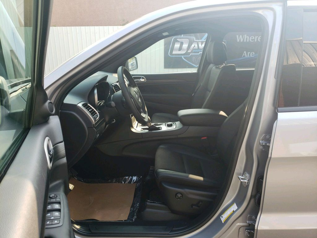 Silver 2020 Jeep Grand Cherokee Sunroof Photo in Fort Macleod AB