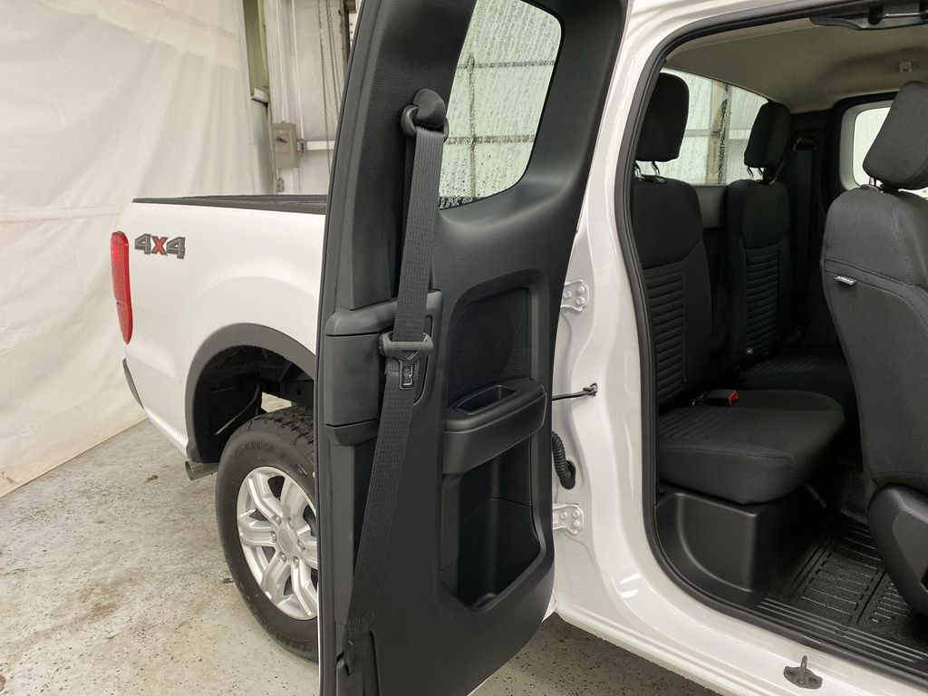 OXFORD WHITE 2020 FORD RANGER Right Rear Interior Door Panel Photo in Dartmouth NS