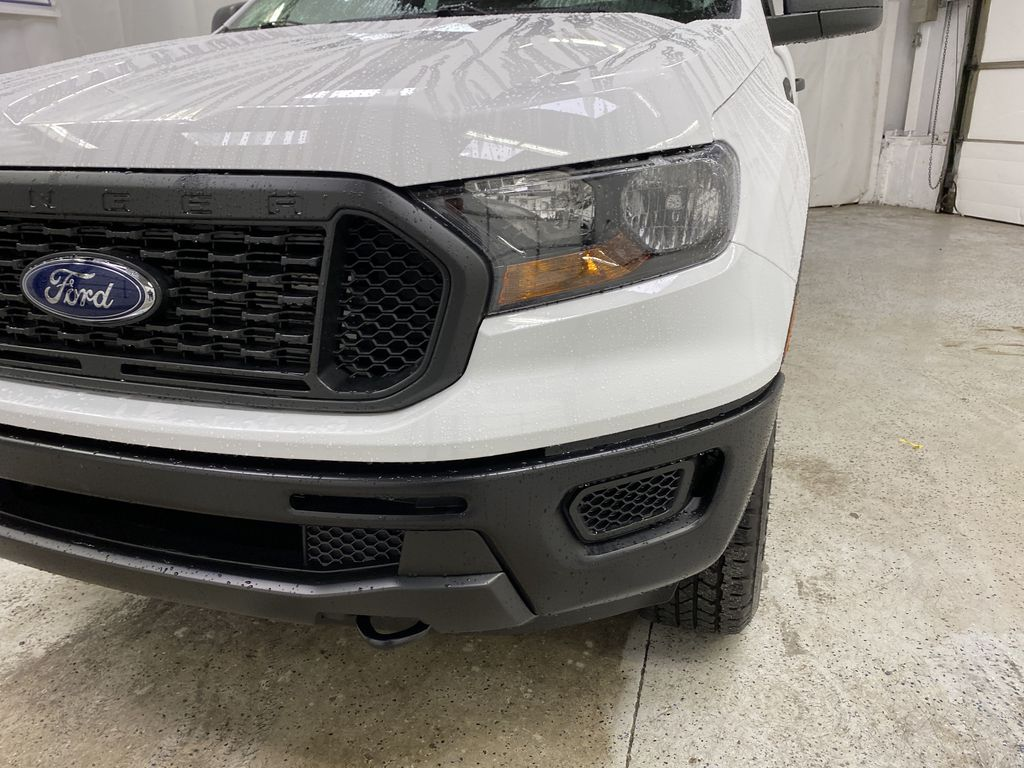 OXFORD WHITE 2020 FORD RANGER Left Front Head Light / Bumper and Grill in Dartmouth NS