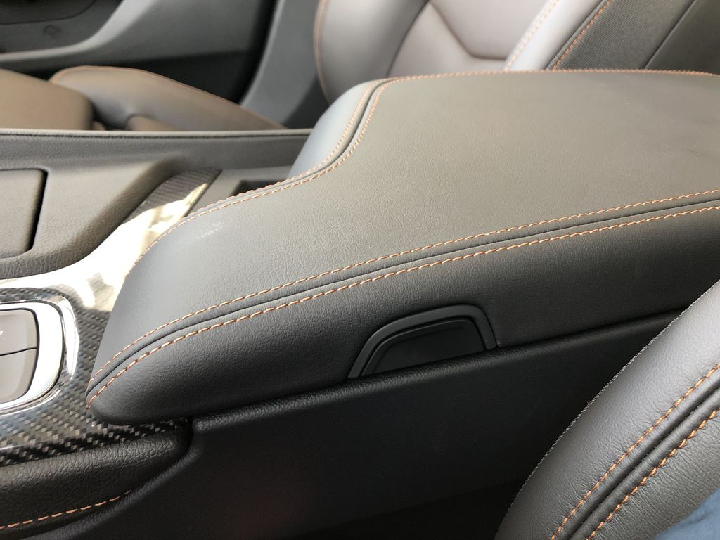 Black[Black Raven] 2020 Cadillac CT5 Center Console Photo in Edmonton AB