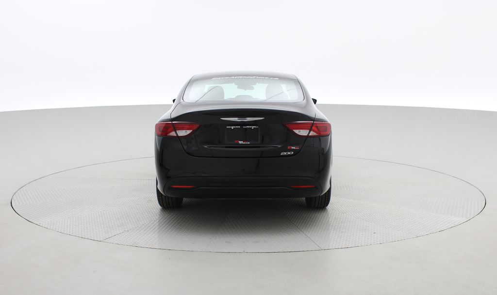 Black[Gloss Black] 2015 Chrysler 200 LX - 9−Speed Automatic Transmission, Cruise Control Rear of Vehicle Photo in Winnipeg MB