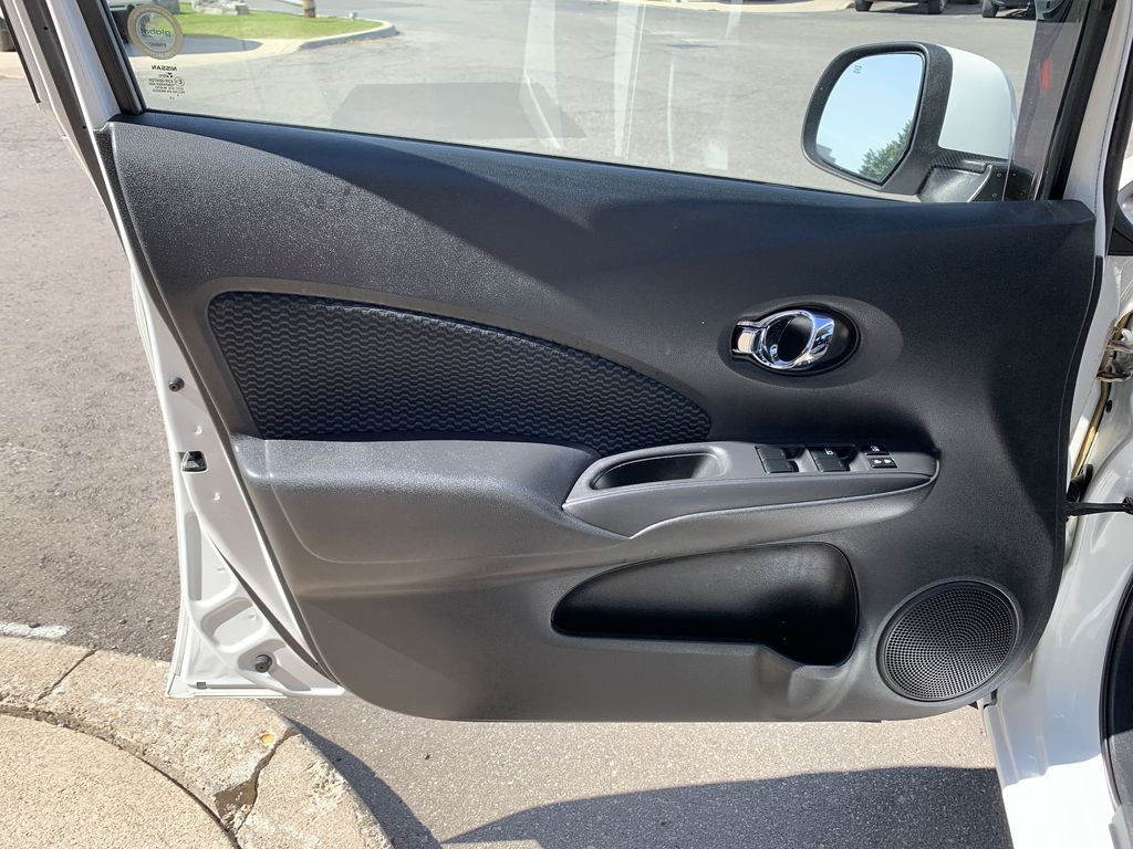 White[Aspen White Pearl] 2014 Nissan Versa Note Left Rear Interior Door Panel Photo in Brampton ON