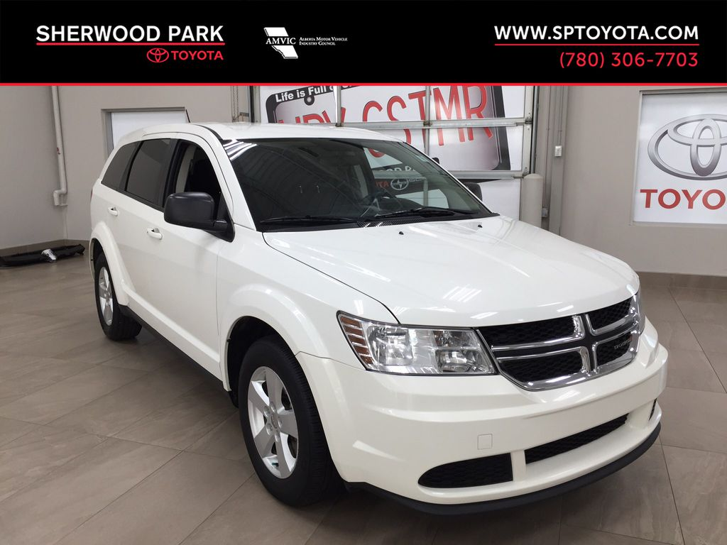 White[Pearl White Tri-Coat] 2014 Dodge Journey Canada Value Package