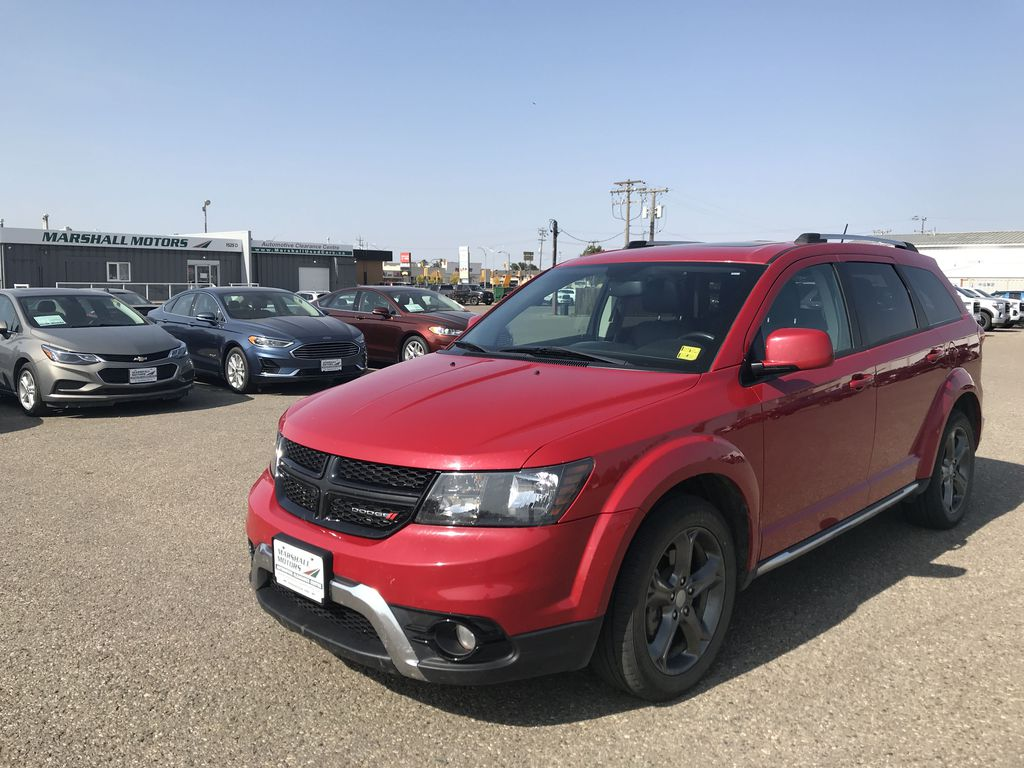 Red[Redline 2 Coat Pearl] 2014 Dodge Journey FWD 4dr Crossroad *Heated Seats/Wheel* *DVD* *NAV*