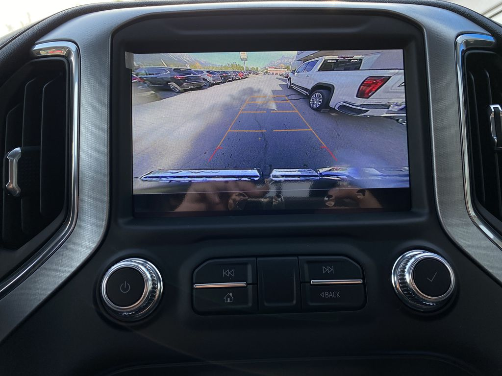 Black[Carbon Black Metallic] 2020 GMC Sierra 1500 Elevation Backup Camera Closeup Photo in Canmore AB