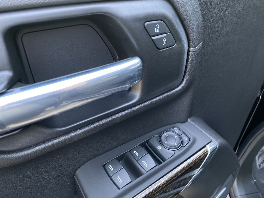 Black[Carbon Black Metallic] 2020 GMC Sierra 1500 Elevation  Driver's Side Door Controls Photo in Canmore AB