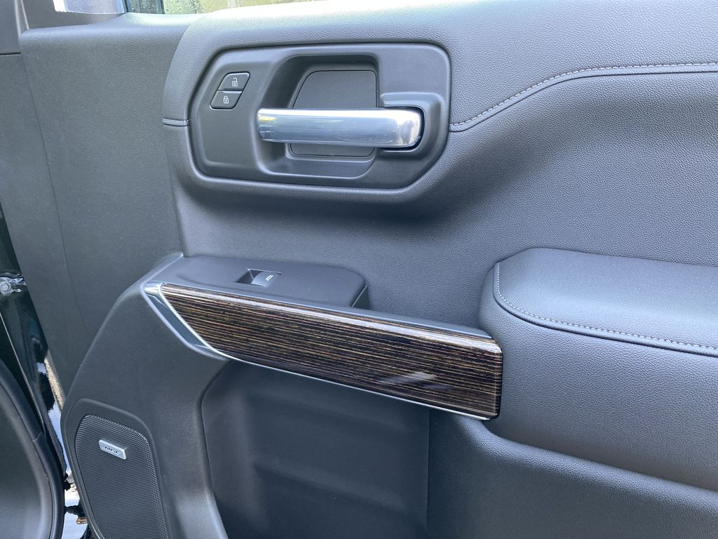 Black[Carbon Black Metallic] 2020 GMC Sierra 1500 Elevation Right Front Interior Door Panel Photo in Canmore AB