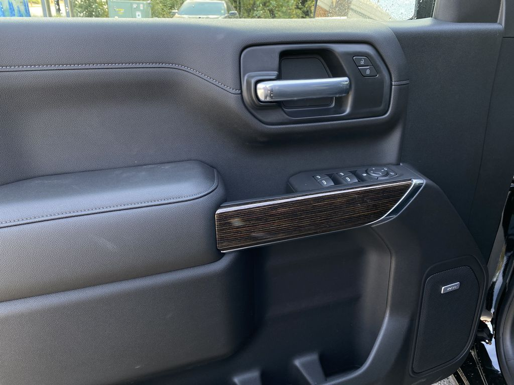 Black[Carbon Black Metallic] 2020 GMC Sierra 1500 Elevation Left Front Interior Door Panel Photo in Canmore AB