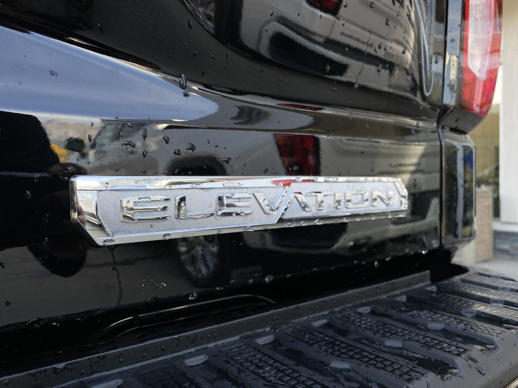 Black[Carbon Black Metallic] 2020 GMC Sierra 1500 Elevation Trim Specific Photo in Canmore AB