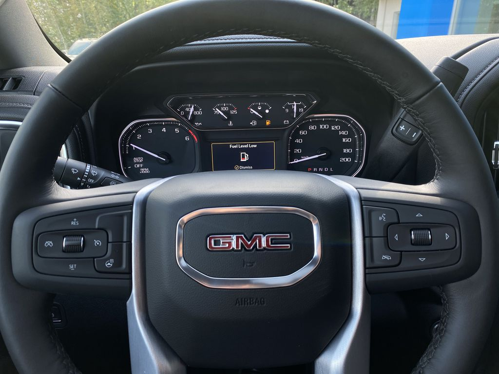 Black[Carbon Black Metallic] 2020 GMC Sierra 1500 Elevation Steering Wheel and Dash Photo in Canmore AB