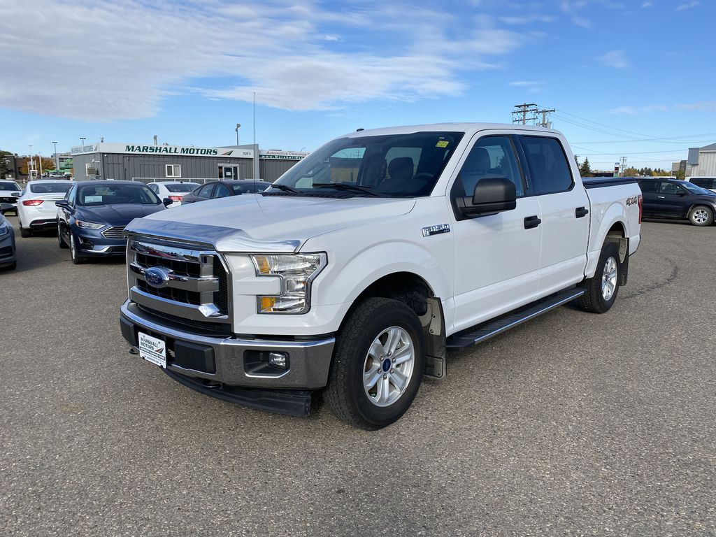 "White[Oxford White] 2017 Ford F-150 4WD SuperCrew 145"" XLT *Trailer Package* *Bluetooth*"
