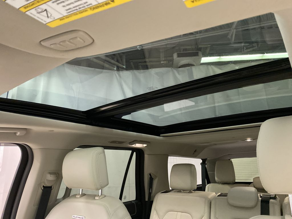 Red[Ruby Red Metallic Tinted Clearcoat] 2018 Ford Expedition Sunroof Photo in Dartmouth NS