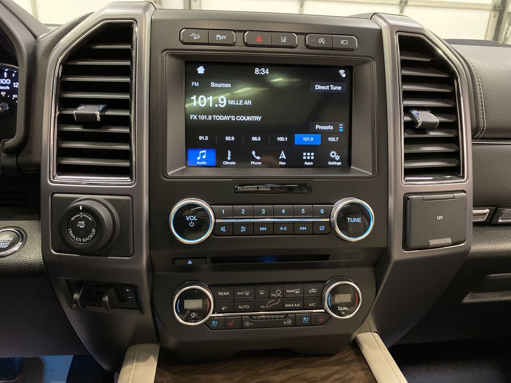 Red[Ruby Red Metallic Tinted Clearcoat] 2018 Ford Expedition Central Dash Options Photo in Dartmouth NS