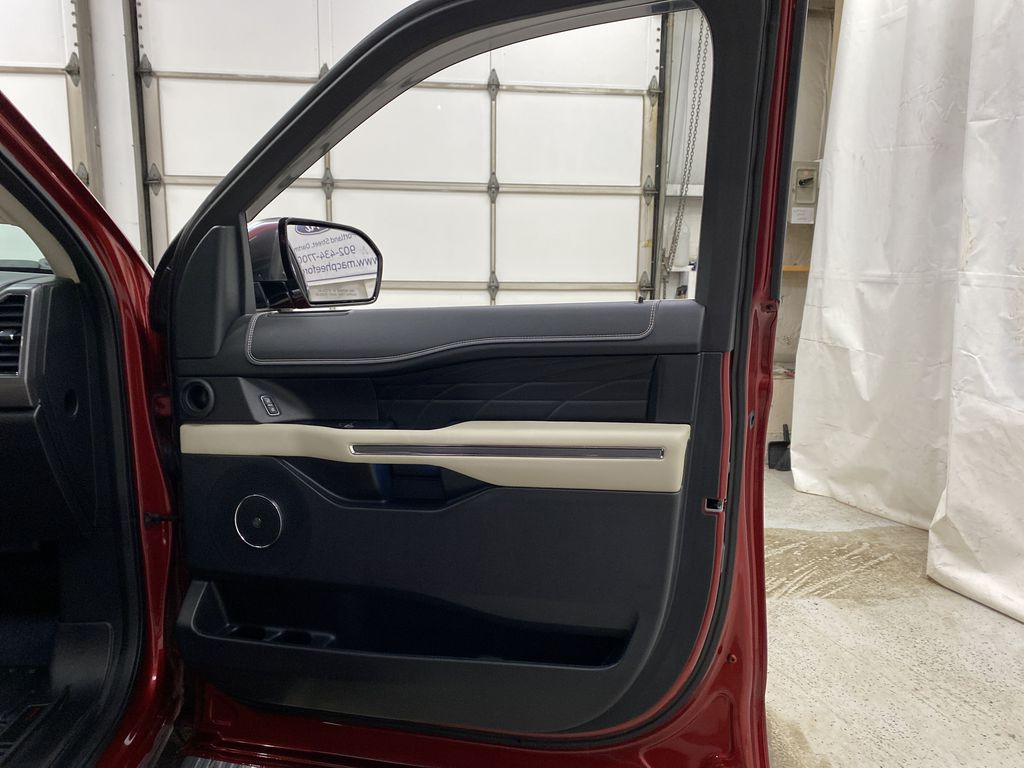 Red[Ruby Red Metallic Tinted Clearcoat] 2018 Ford Expedition Right Front Interior Door Panel Photo in Dartmouth NS
