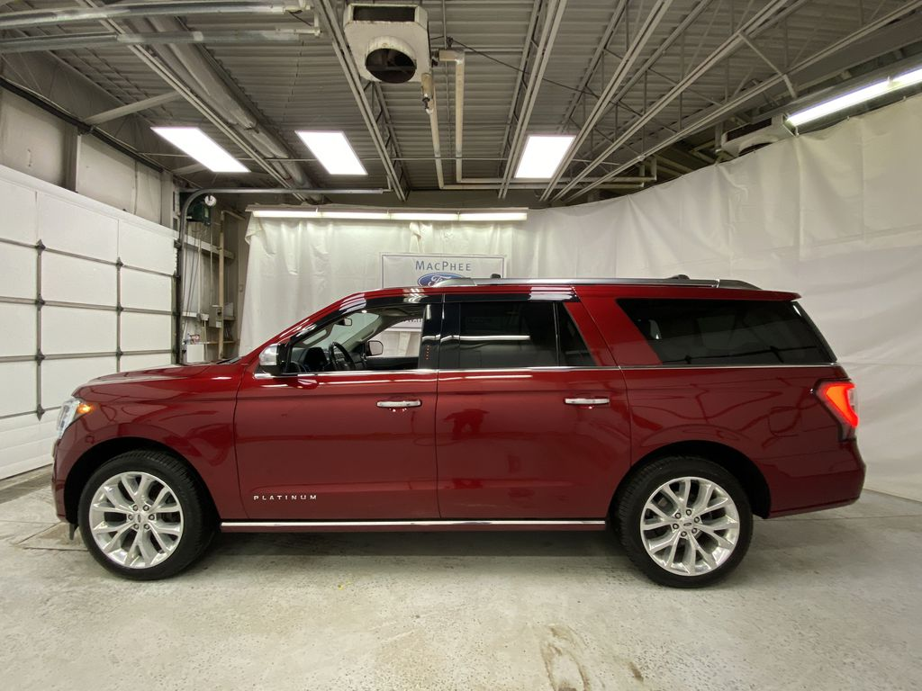 Red[Ruby Red Metallic Tinted Clearcoat] 2018 Ford Expedition Left Side Photo in Dartmouth NS
