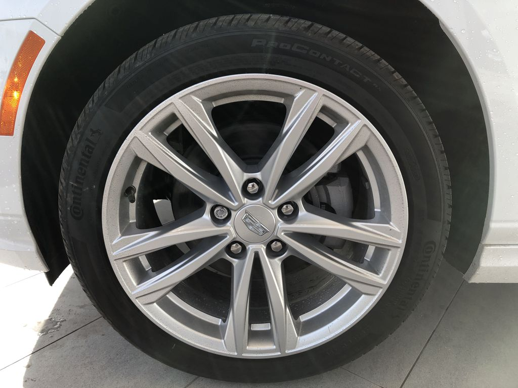 White[Crystal White Tricoat] 2020 Cadillac CT4 Left Front Rim and Tire Photo in Edmonton AB