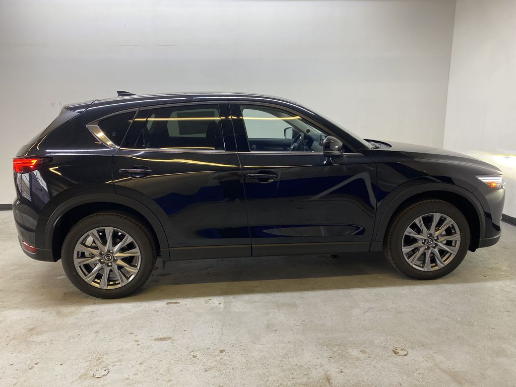 JET BLACK MICA(41W) 2021 Mazda CX-5 GT AWD Right Side Photo in Edmonton AB
