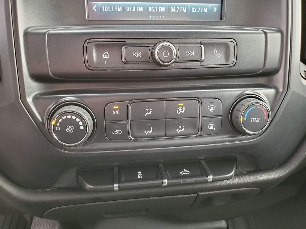 Silver 2018 Chevrolet Silverado 1500 Left Side Photo in Airdrie AB