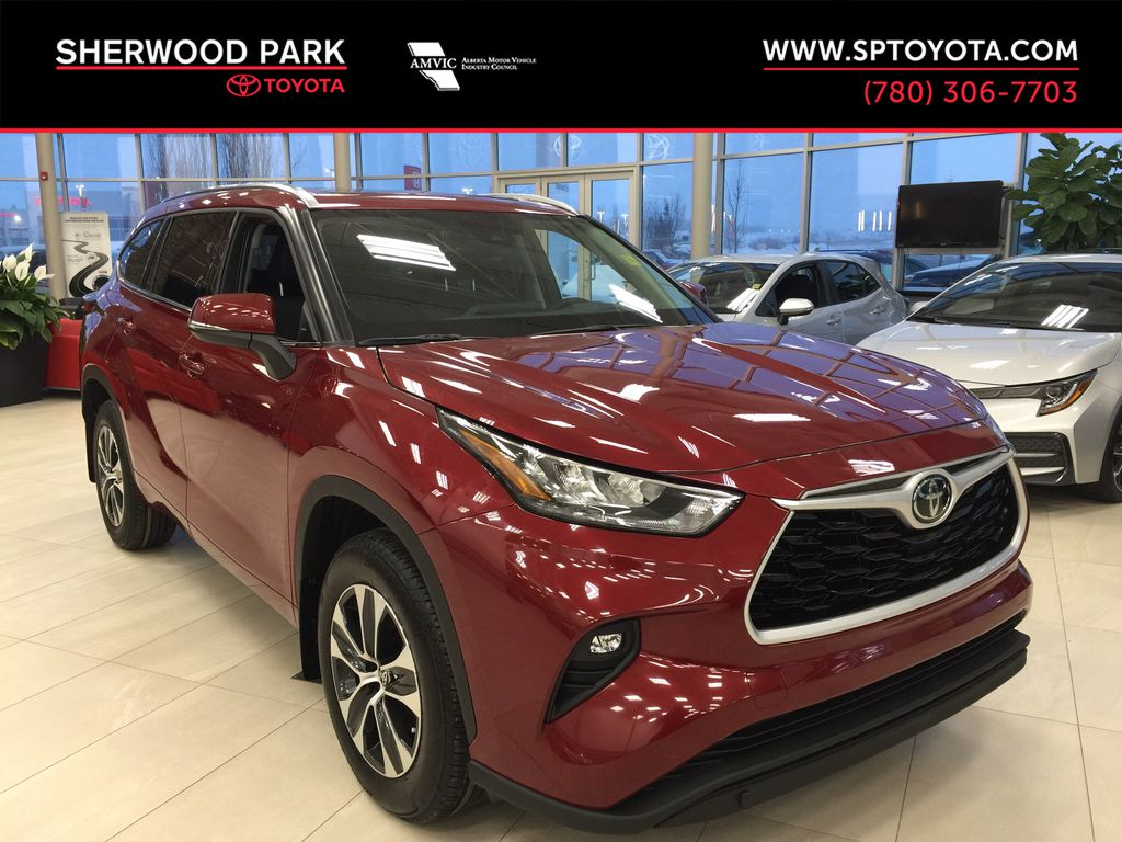 Red[Ruby Flare Pearl] 2020 Toyota Highlander XLE