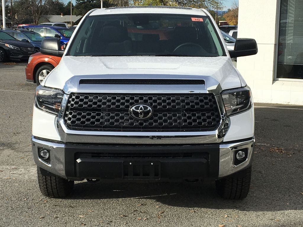 0040 Super White 2021 Toyota Tundra TRD Off Road Front Vehicle Photo in Kelowna BC
