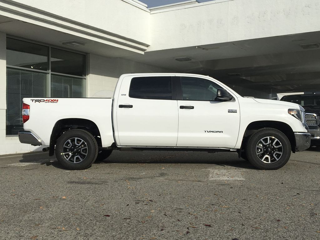 0040 Super White 2021 Toyota Tundra TRD Off Road Right Side Photo in Kelowna BC