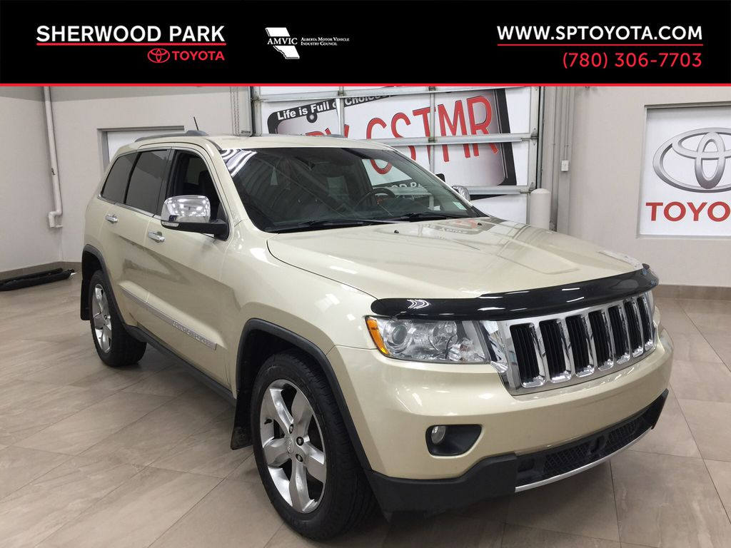 Gold[White Gold] 2012 Jeep Grand Cherokee