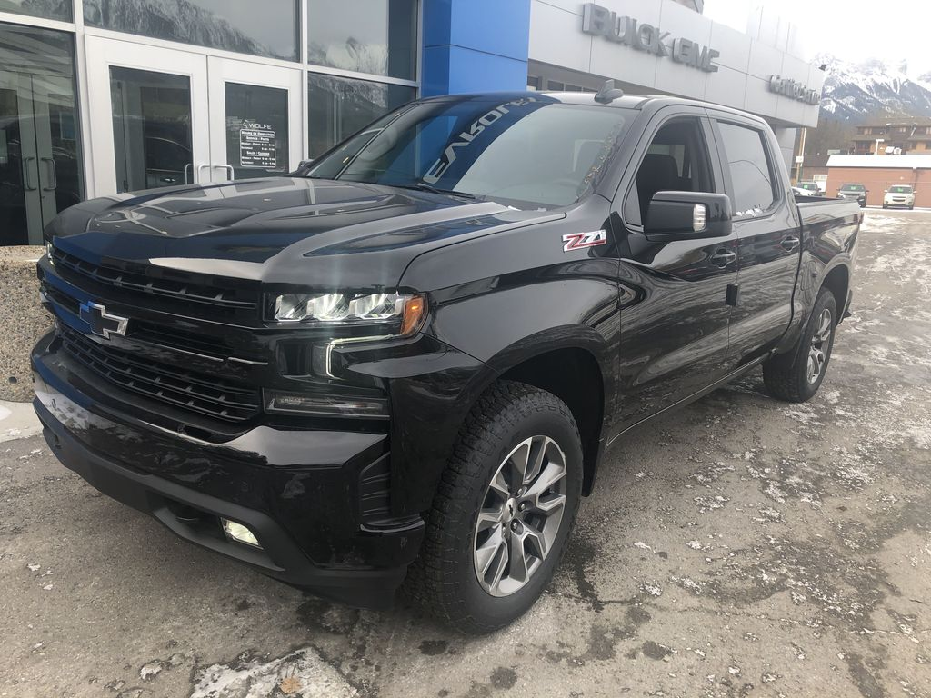 Black[Black] 2020 Chevrolet Silverado 1500 RST Left Front Corner Photo in Canmore AB