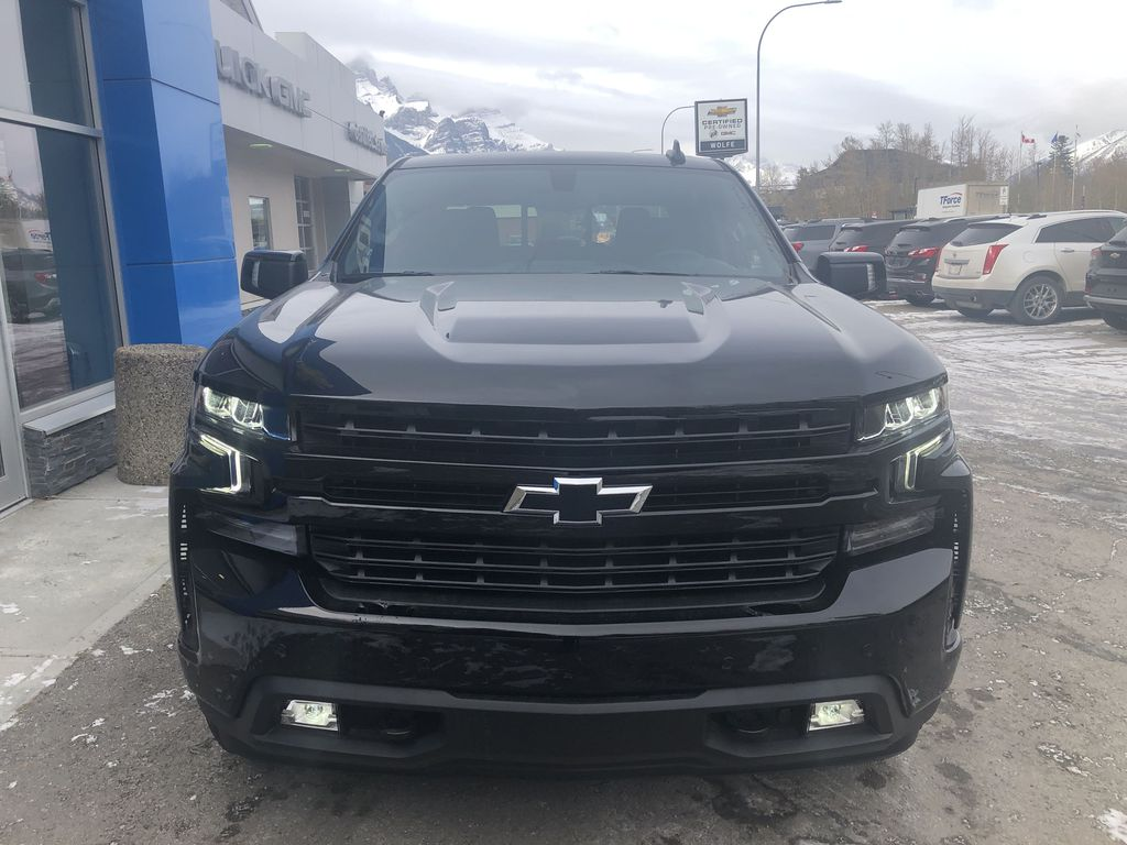 Black[Black] 2020 Chevrolet Silverado 1500 RST Front Vehicle Photo in Canmore AB