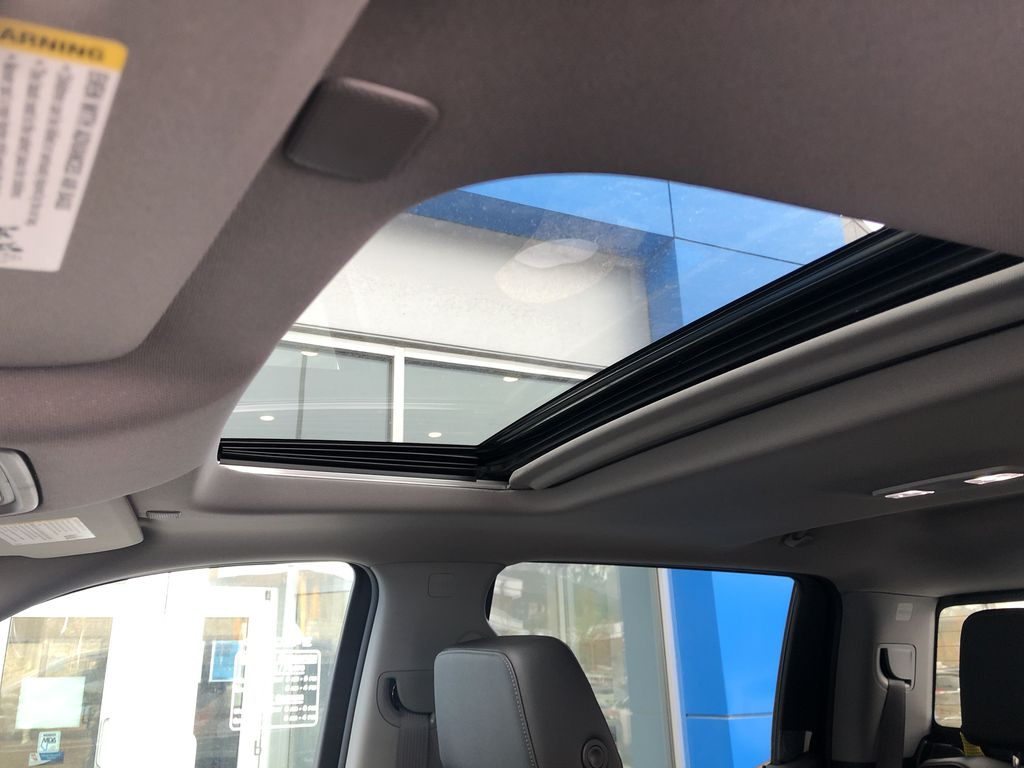 Black[Black] 2020 Chevrolet Silverado 1500 RST Sunroof Photo in Canmore AB