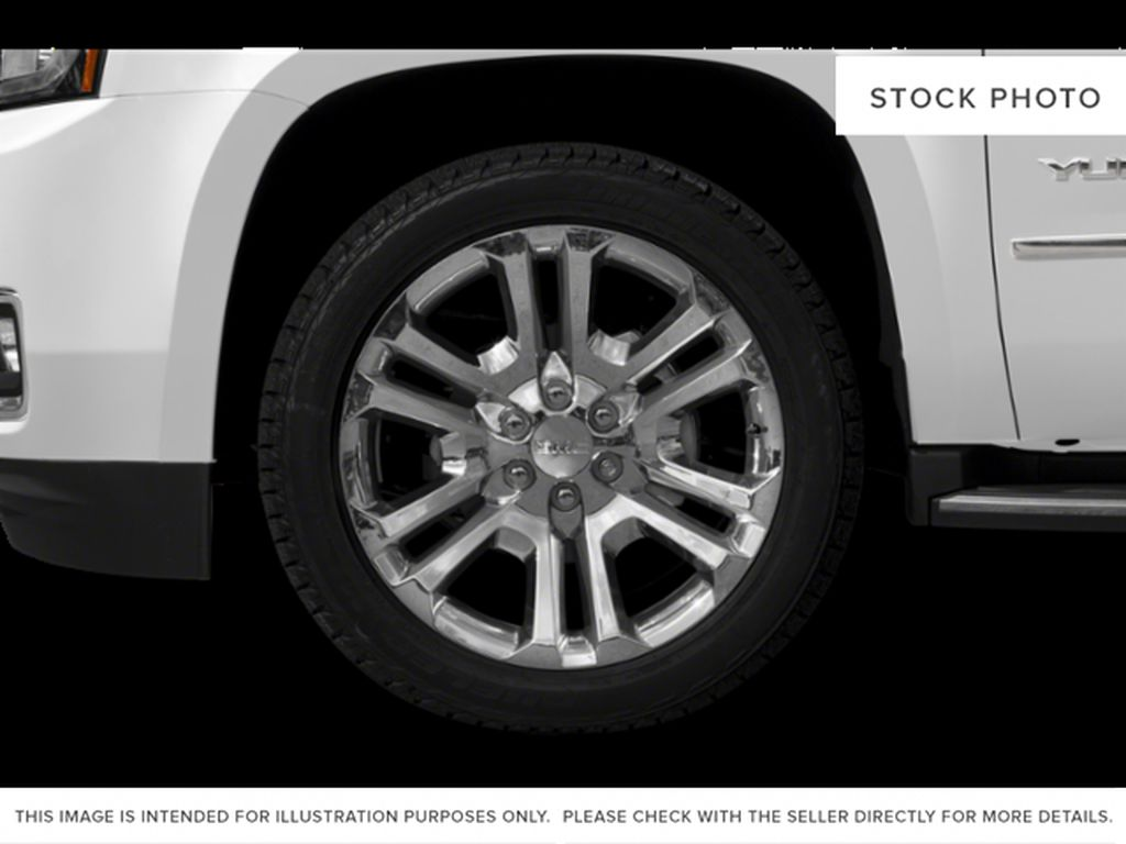 White[Summit White] 2019 GMC Yukon Left Front Rim and Tire Photo in Fort Macleod AB
