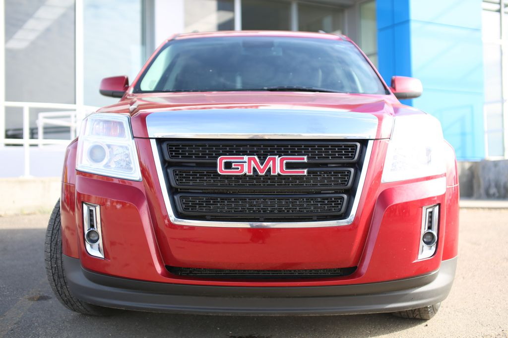 Dark Red 2015 GMC Terrain Left Front Head Light / Bumper and Grill in Barrhead AB