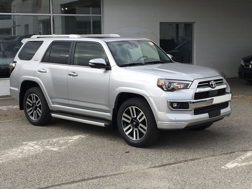 Silver[Classic Silver Metallic] 2021 Toyota 4Runner Limited Right Front Corner Photo in Kelowna BC