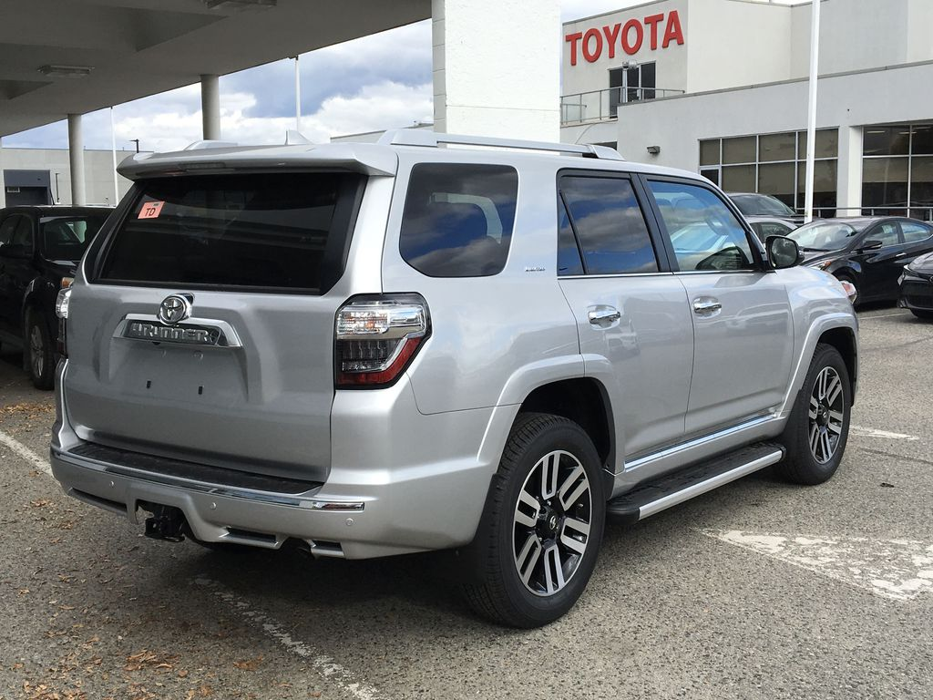 Silver[Classic Silver Metallic] 2021 Toyota 4Runner Limited Right Rear Corner Photo in Kelowna BC