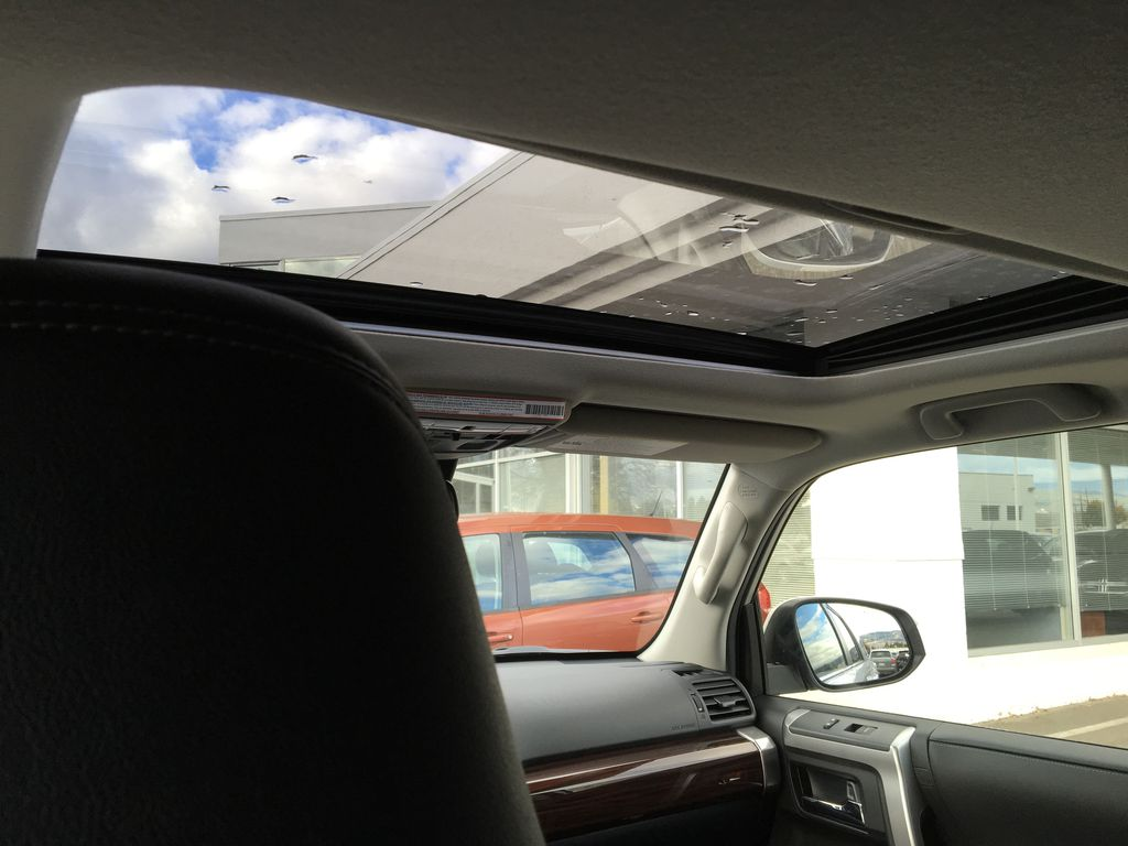 Silver[Classic Silver Metallic] 2021 Toyota 4Runner Limited Sunroof Photo in Kelowna BC
