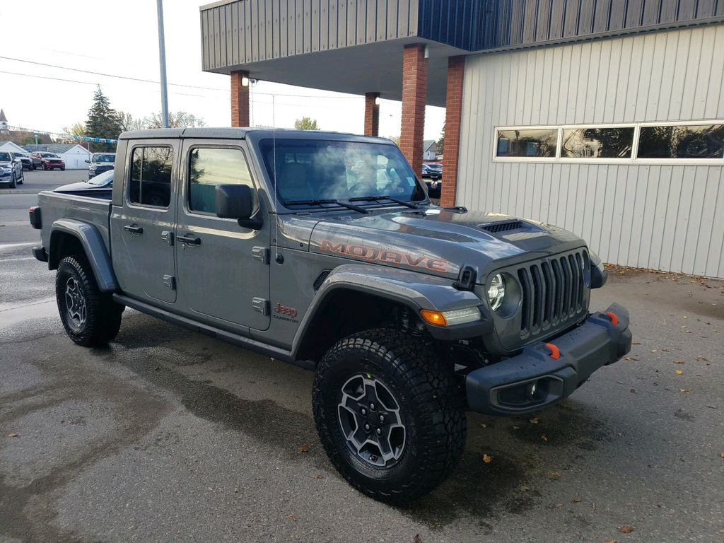 Grey 2021 Jeep Gladiator Left Front Rim and Tire Photo in Fort Macleod AB
