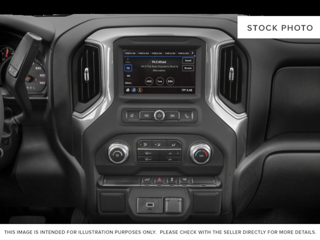 White[White Frost Tricoat] 2019 GMC Sierra 1500 Radio Controls Closeup Photo in Fort Macleod AB