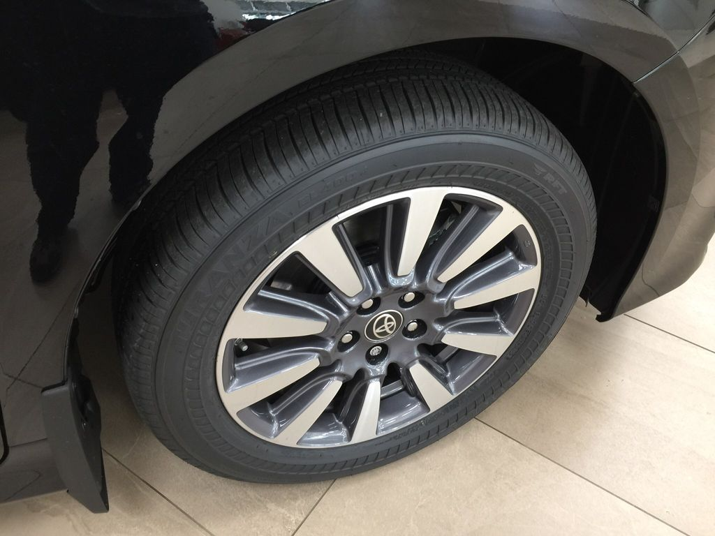 Black[Midnight Black Metallic] 2020 Toyota Sienna Limited AWD Right Front Rim and Tire Photo in Sherwood Park AB