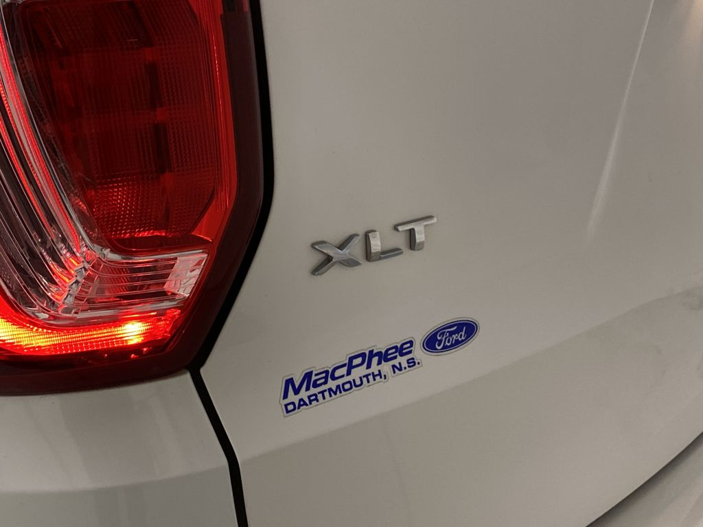 Black[Shadow Black] 2017 Ford Explorer Trim Specific Photo in Dartmouth NS