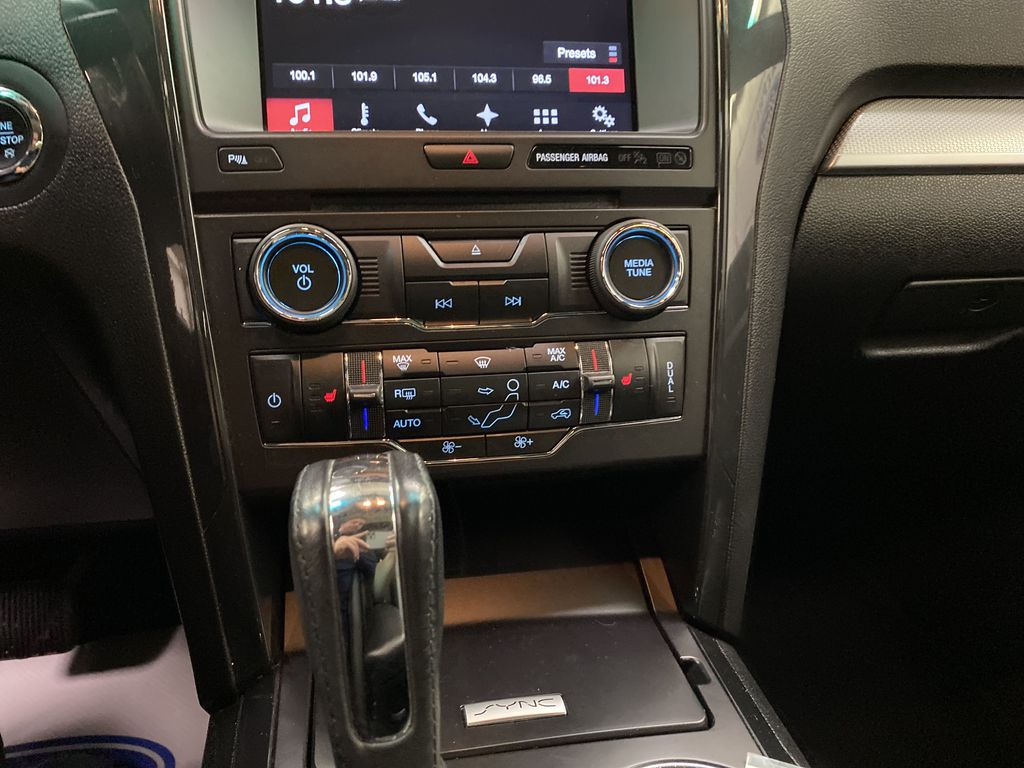 Black[Shadow Black] 2017 Ford Explorer Central Dash Options Photo in Dartmouth NS