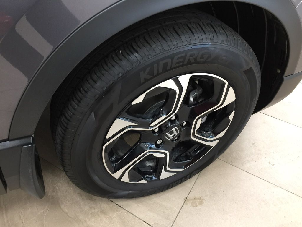 Gray[Modern Steel Metallic] 2019 Honda CR-V Touring Right Front Rim and Tire Photo in Sherwood Park AB