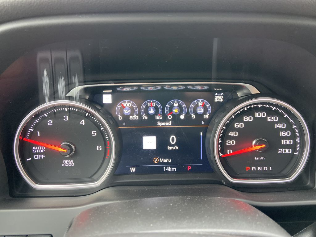 White[Iridescent Pearl Tricoat] 2021 Chevrolet Silverado 1500 High Country Odometer Photo in Calgary AB