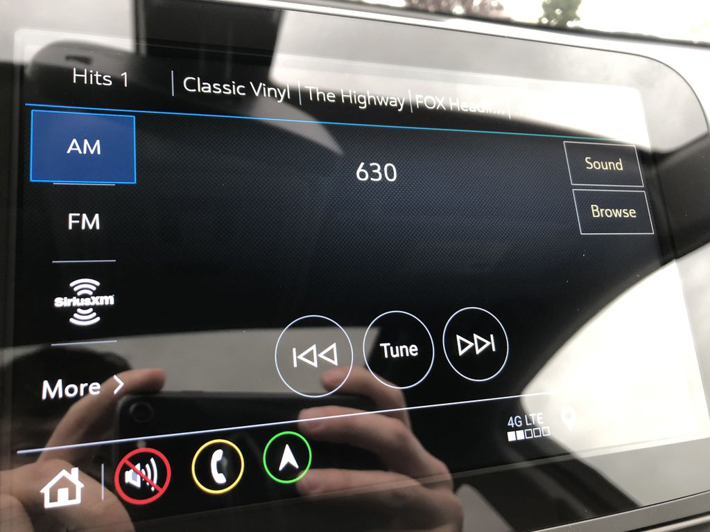 Red[Cajun Red Tintcoat] 2020 Chevrolet Equinox Radio Controls Closeup Photo in Edmonton AB