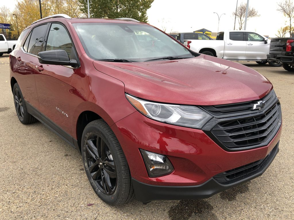 Red[Cajun Red Tintcoat] 2020 Chevrolet Equinox Right Front Corner Photo in Edmonton AB