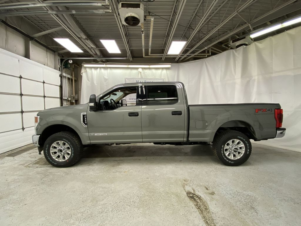 Silver[Iconic Silver Metallic] 2020 Ford Super Duty F-350 SRW Left Side Photo in Dartmouth NS