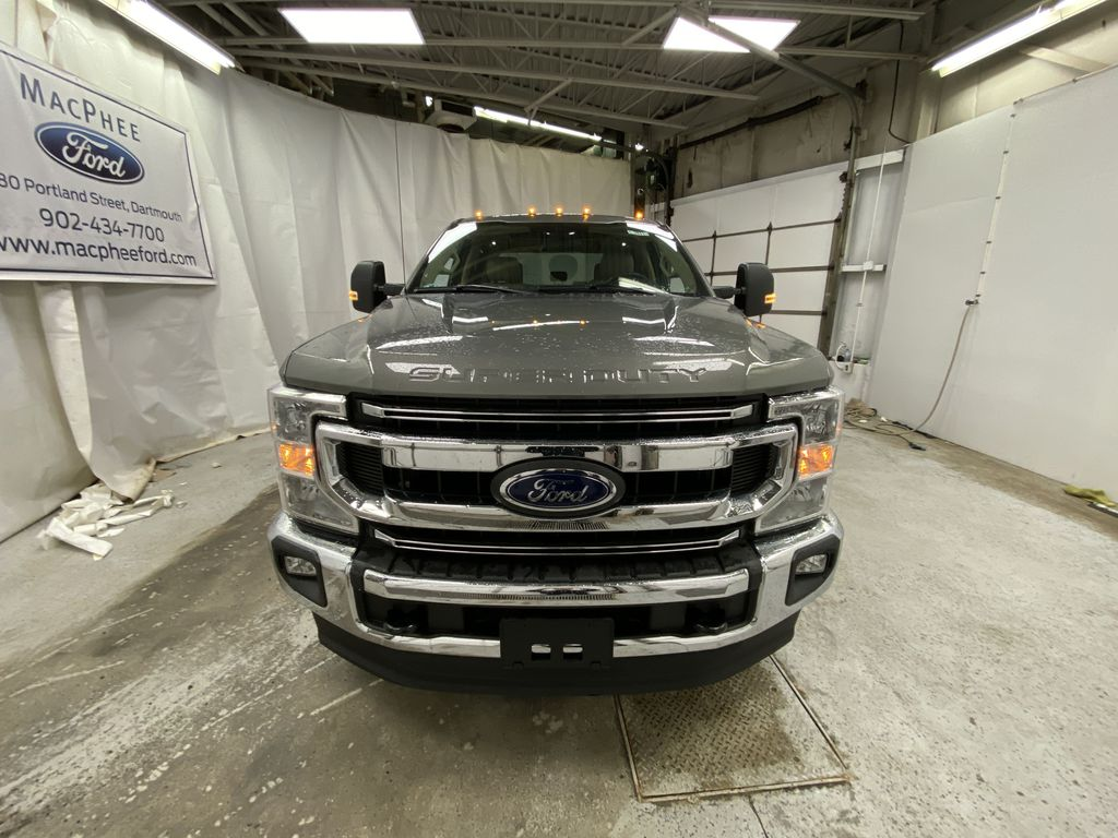 Silver[Iconic Silver Metallic] 2020 Ford Super Duty F-350 SRW Front Vehicle Photo in Dartmouth NS