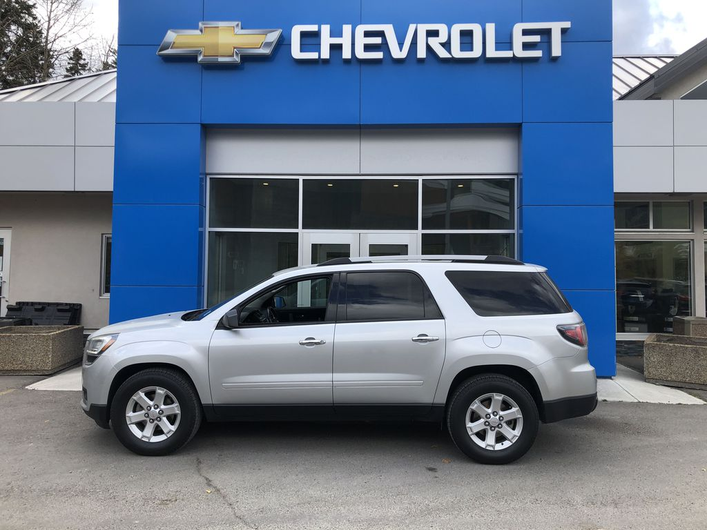 Silver[Quicksilver Metallic] 2015 GMC Acadia SLE Left Side Photo in Canmore AB